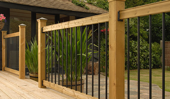 Deck Railings from BuildDirect - Wood, Vinyl, Glass & Aluminum Rails